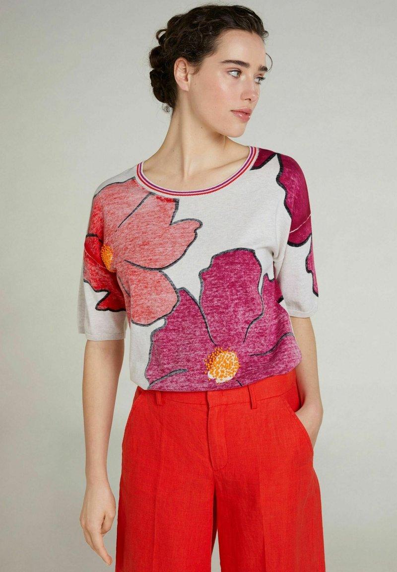 Oui - Print T-shirt - light grey red