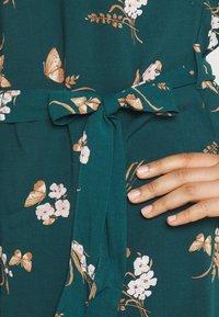 Vero Moda Curve - VMSIMPLY EASY LONG - Shirt dress - sea moss - 5