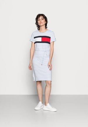 SUMMER FLAG - Jersey dress - classic brenton/breezy blue