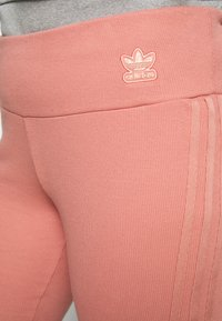 adidas Originals - TIGHT SPORTS INSPIRED HIGH RISE - Leggings - Trousers - light pink - 3