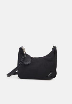 POSIO - Håndveske - black