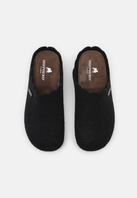 Shepherd - PAULINA - Slippers - black - 5