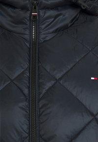 Tommy Hilfiger - DIAMOND QUILTED JACKET - Winter jacket - desert sky - 2