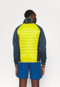 Regatta - ANDRESON VI HYBRID - Outdoorová bunda - blue/yellow - 2