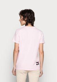 Tommy Hilfiger - ONE PLANET - Print T-shirt - pastel pink - 2
