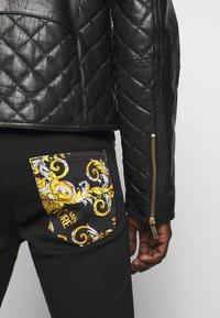 Versace Jeans Couture - Veste en cuir - nero - 6