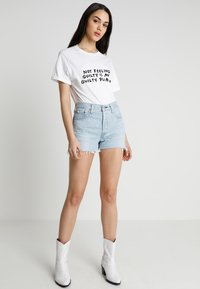 Levi's® - 501 HIGH RISE - Shorts vaqueros - weak in the knees - 1