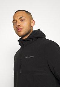 Peak Performance - TECH SOFT - Zip-up hoodie - black - 4