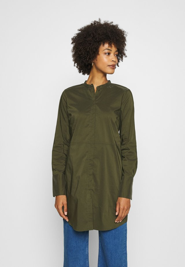 CUANTONIETT LONG  - Overhemdblouse - burnt olive