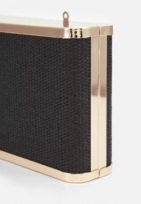 PARFOIS - BOX BAG SPRING BAY M - Clutch - black - 4