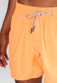 Brunotti - CRUNOT - Plavky - neon orange - 3