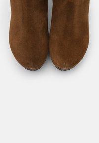 Softclox - Platform boots - brown - 5