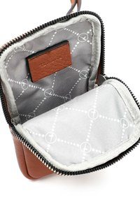Tamaris - ALESSIA - Across body bag - cognac 700 - 3