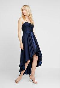 Swing - Společenské šaty - marine - 0