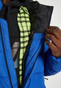 PULL&BEAR - Winter jacket - royal blue - 4