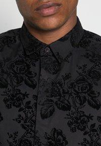 Twisted Tailor - ARMADA SHIRT - Camicia - black - 4