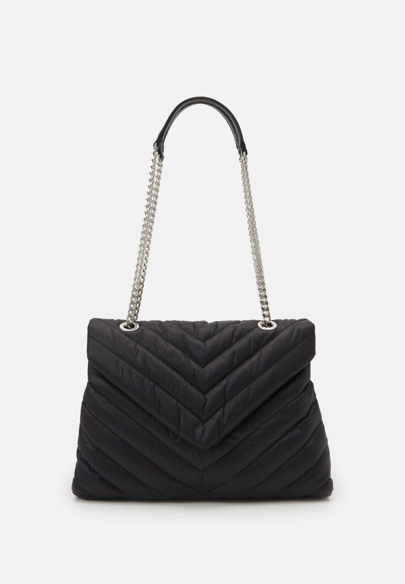 PARFOIS - CROSSBODY CHUCK L - Across body bag - black