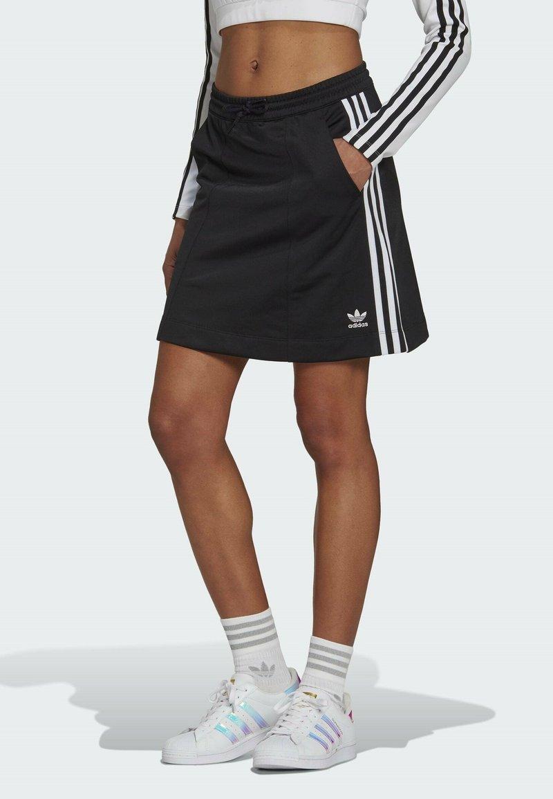 adidas Originals - Falda acampanada - black