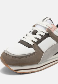 mtng - AGATHA - Zapatillas - cato gris - 5