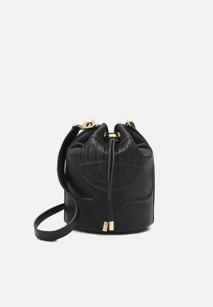 EYELIKE BAGS - Across body bag - nero