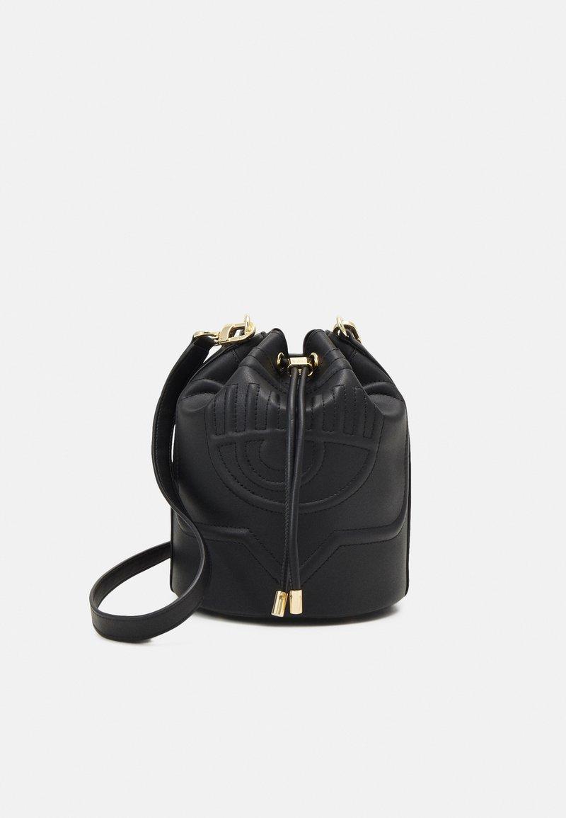 CHIARA FERRAGNI - EYELIKE BAGS - Across body bag - nero