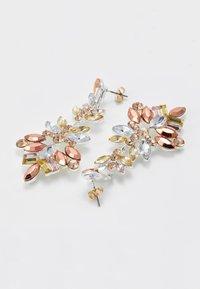 Pieces - PCCHANDELIER EARRINGS - Orecchini - silver-coloured - 2