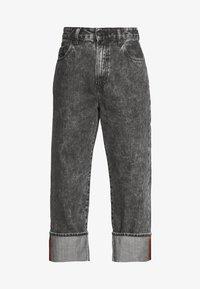 Diesel - D-REGGY - Relaxed fit jeans - black - 3