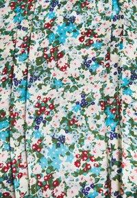 Glamorous Petite - HIGH NECK SHIRRED LONG SLEEVE MINI DRESS - Korte jurk - confetti floral - 2