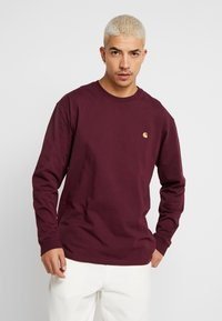 Carhartt WIP - CHASE - Long sleeved top - shiraz / gold - 0