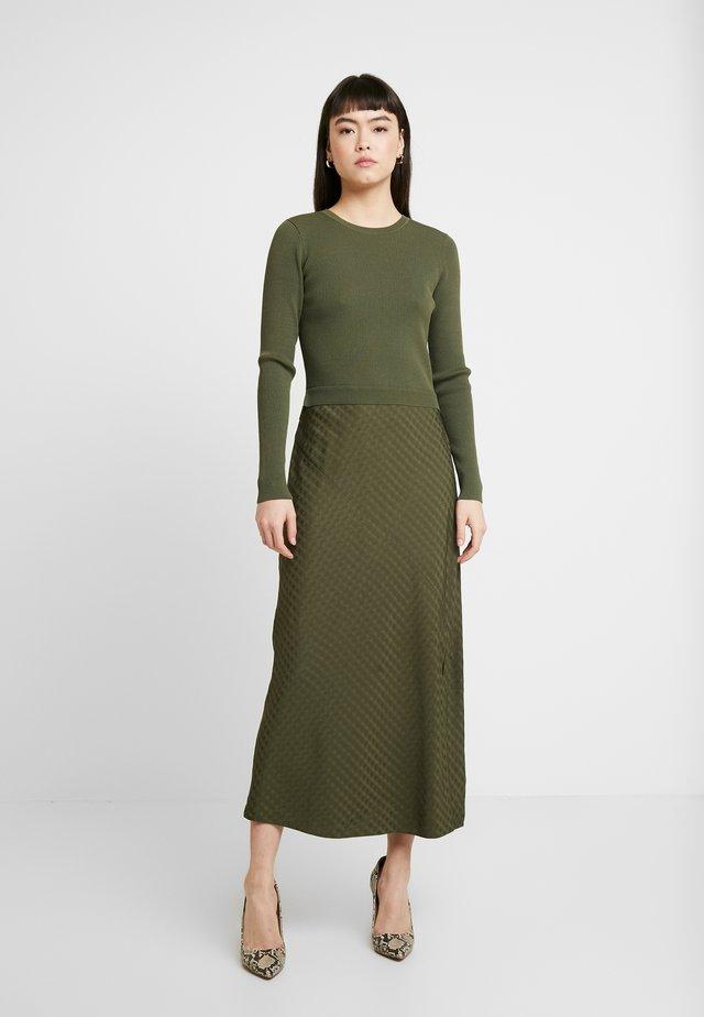 JOOWANI - Jumper dress - khaki