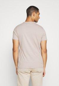 Topman - 7 PACK - Basic T-shirt - pink/white/grey/nature/stone - 2