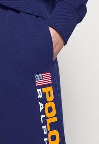 Polo Ralph Lauren - ANKLE PANT - Spodnie treningowe - fall royal - 6