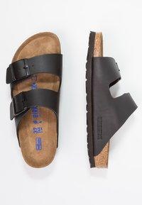 Birkenstock - ARIZONA SOFT FOOTBED NARROW FIT - Sandaler - black - 1