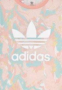 adidas Originals - TEE - Print T-shirt - pink tint/multicolor - 2