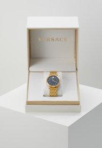 Versace Watches - VERSACE TWIST WOMEN - Zegarek - gold-coloured - 3