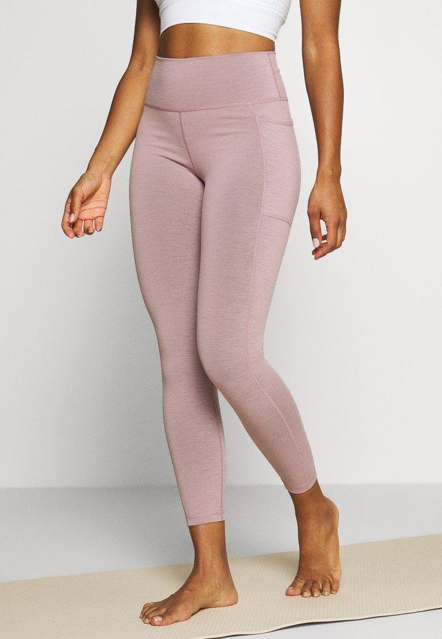 SUPER SCULPT 7/8 YOGA LEGGINGS - Legging - velvet rose/pink