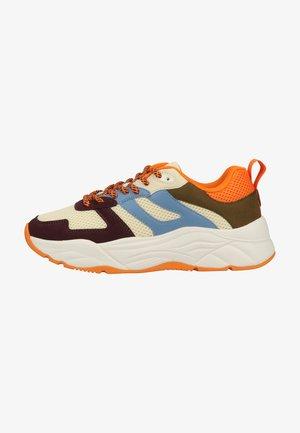 CELEST - Sneakersy niskie - bordo multi