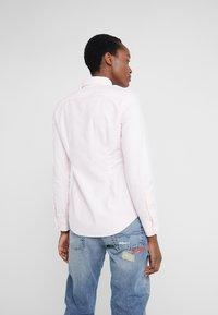 Polo Ralph Lauren - OXFORD KENDAL SLIM FIT - Button-down blouse - pink/white - 3