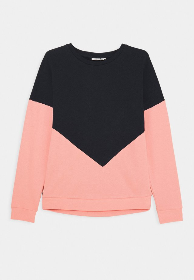 NKFVIOLETTA - Collegepaita - coral blush