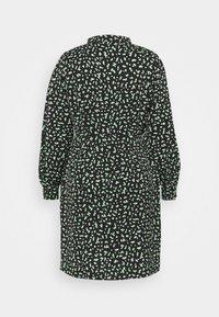 Glamorous Curve - MINI DRESS - Shirt dress - black/green - 7