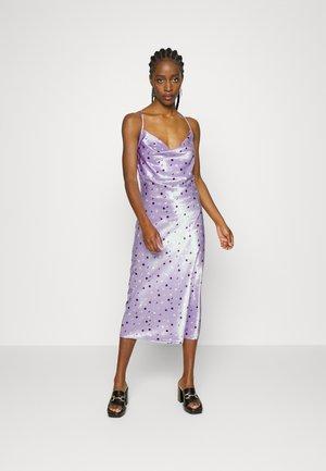 Vestido de cóctel - lilac
