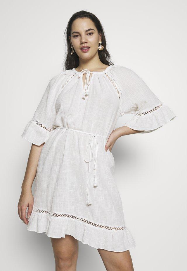 BOHEMIAN - Denní šaty - ivory