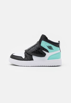 SKY 1 UNISEX - Basketbalové boty - black/tropical twist/white