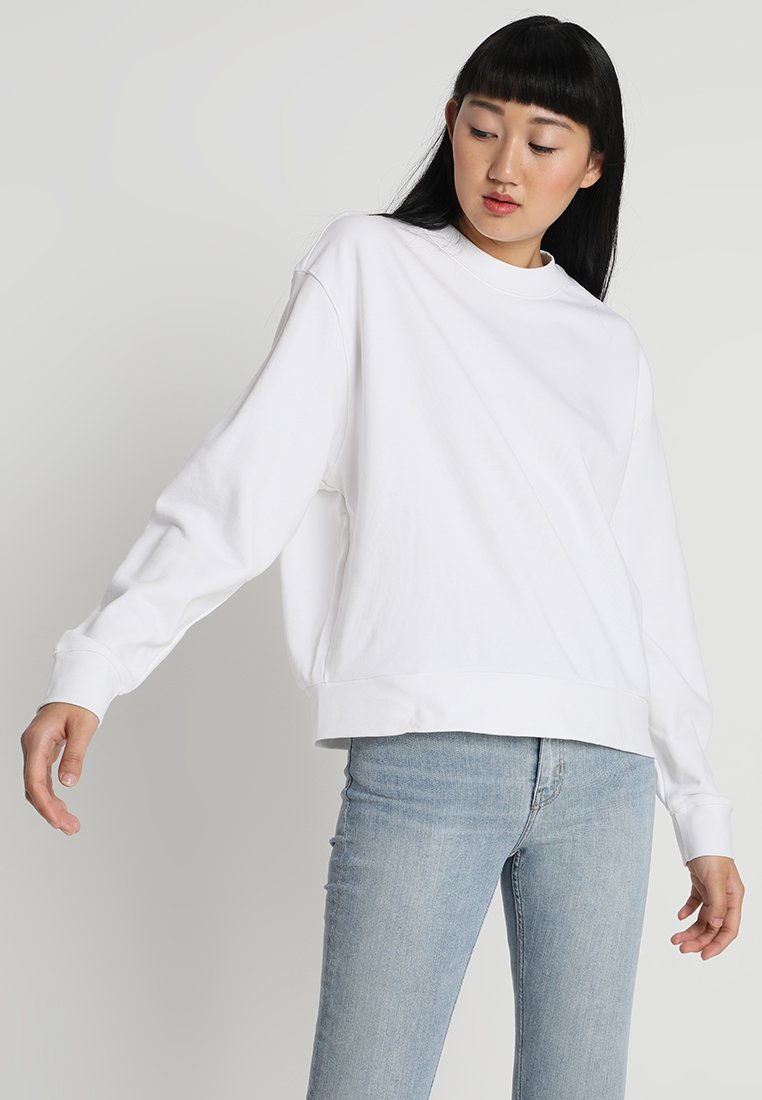 Weekday - HUGE CROPPED - Sweatshirt - white