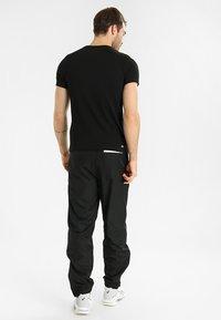 Lacoste Sport - BIG LOGO - T-shirt imprimé - black/white - 2