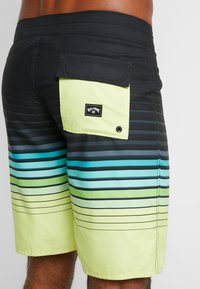 Billabong - ALL DAY STRIPE  - Swimming shorts - lime - 1