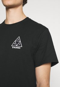 HUF - PLAYBOY PLAYMATE TEE - Print T-shirt - black - 5