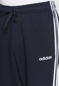 adidas Performance - ESSENTIALS 3STRIPES FRENCH TERRY SPORT PANTS - Jogginghose - navy - 4