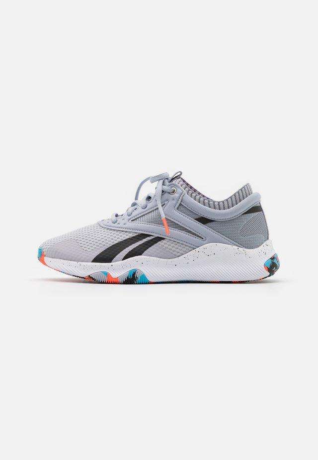 REEBOK HIIT TR - Sportovní boty - cold grey