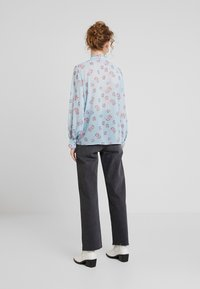 Levete Room - CLAUDIA - Button-down blouse - light blue - 2
